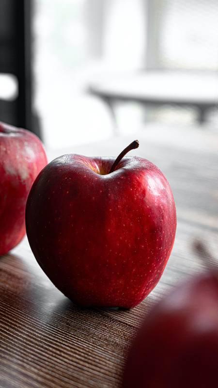 红苹果极品游戏桌面精选4K手机壁纸