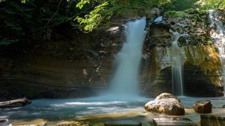 夏天,丛林,瀑布,2022年,自然,风景,照片百变桌面精选 3840x2160