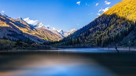 中国,西藏,宁静的湖泊,雪山,阳光高端桌面精选 3840x2160