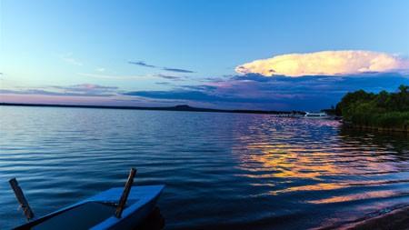 早上,平静的湖面,船,地平线,高清高端桌面精选 3840x2160