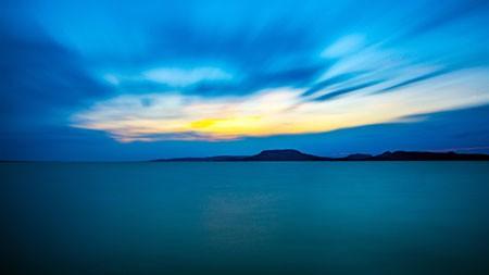 地平线,蓝色,海,山,晚上高端桌面精选 3840x2160