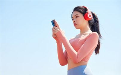 户外运动,耳机,2021,性感美女,5K,照片高端桌面精选 5120x2880