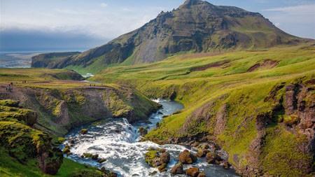 绿色,山,河,荒野,景观高端桌面精选 3840x2160
