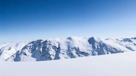 寒冷的冬天,蓝色,天空,雪,山脉高端桌面精选 3840x2160