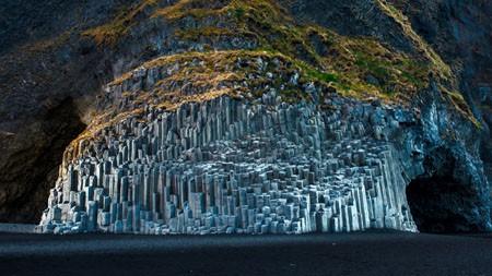 玄武岩海栈,Reynisfjara海滩,冰岛,2021年,Bing,5K,桌面高端桌面精选 3840x2160