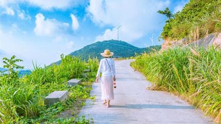 夏天,女孩,户外,爬山,蓝色,天空高端桌面精选 3840x2160