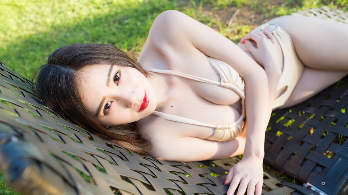 SISY思 美女模特 比基尼 性感身材 4K美女高端电脑桌面壁纸