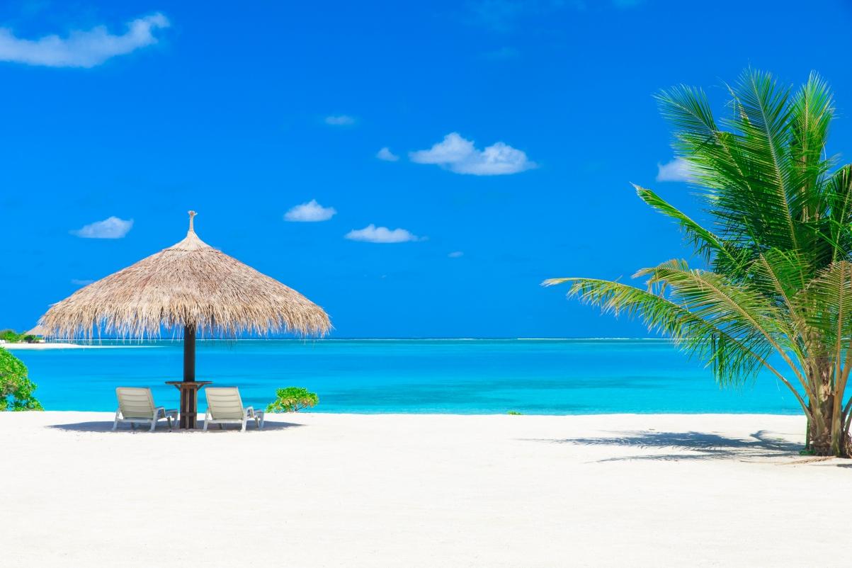 马尔代夫的海滩风景5k超高清壁纸精选