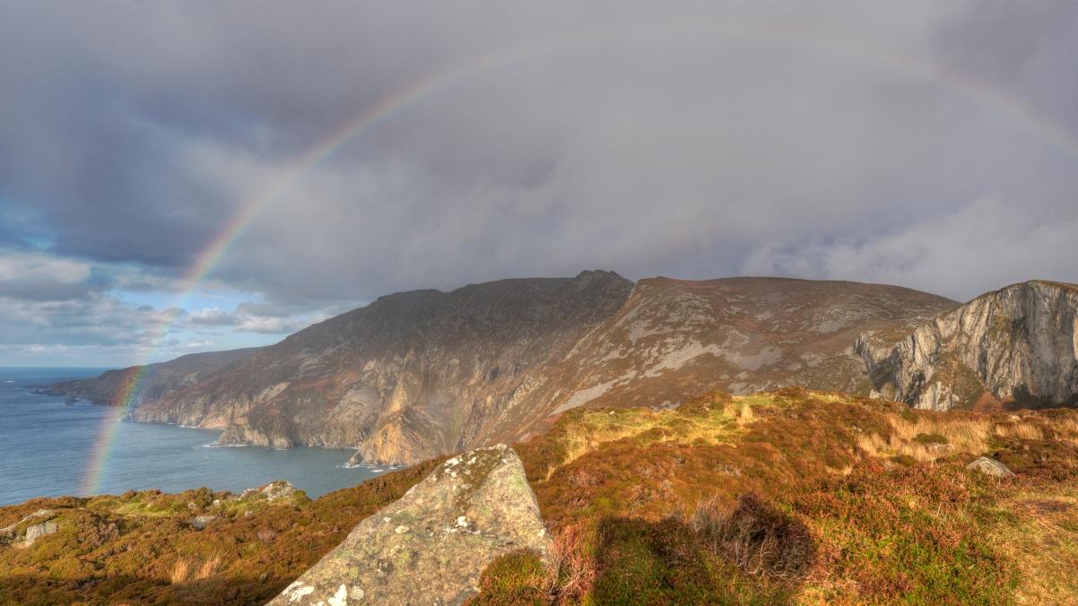 爱尔兰,山,小岛,彩虹4K风景高端电脑桌面壁纸