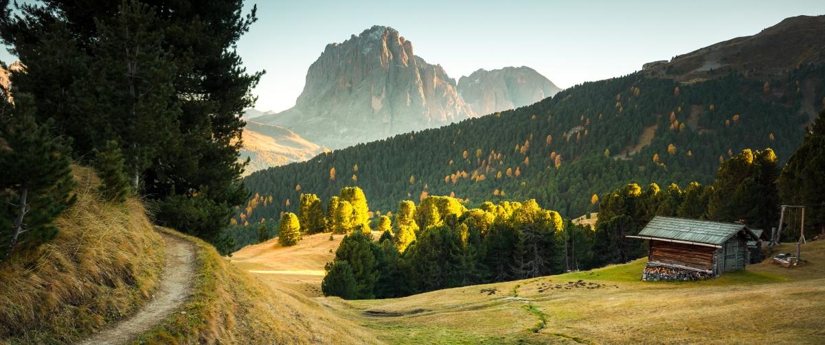 意大利附近秋天美丽的日落风景3440x1440高端电脑桌面壁纸
