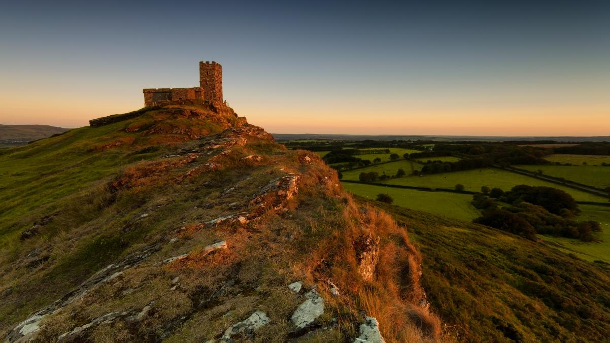 英国德文郡 绝种火山顶 4K风景壁纸超高清图片下载