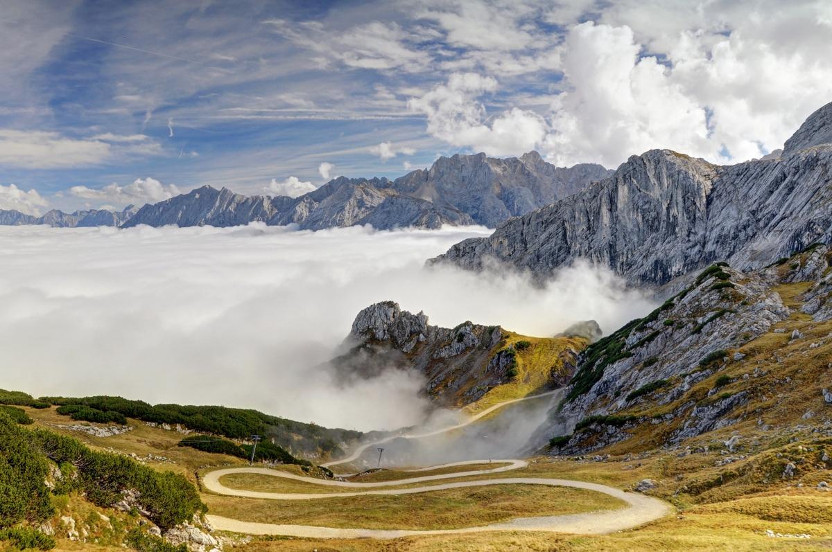 阿尔卑斯山 山峰 山坡 4K风景高端电脑桌面壁纸