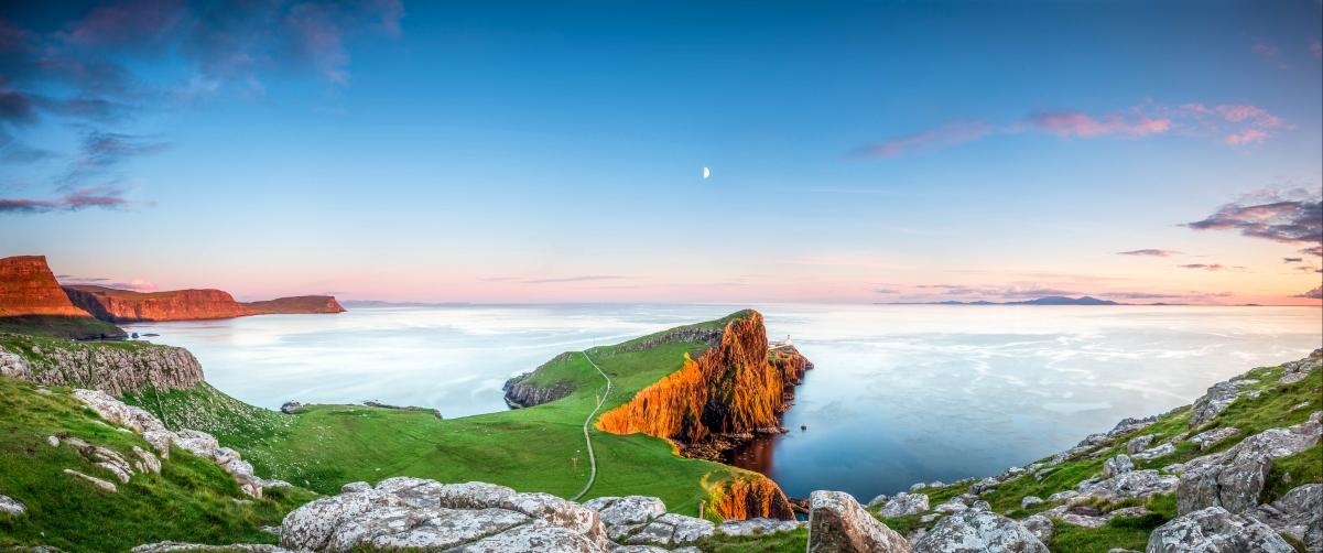 苏格兰 海湾 岩石 美丽海景4K高端电脑桌面壁纸3826x1600