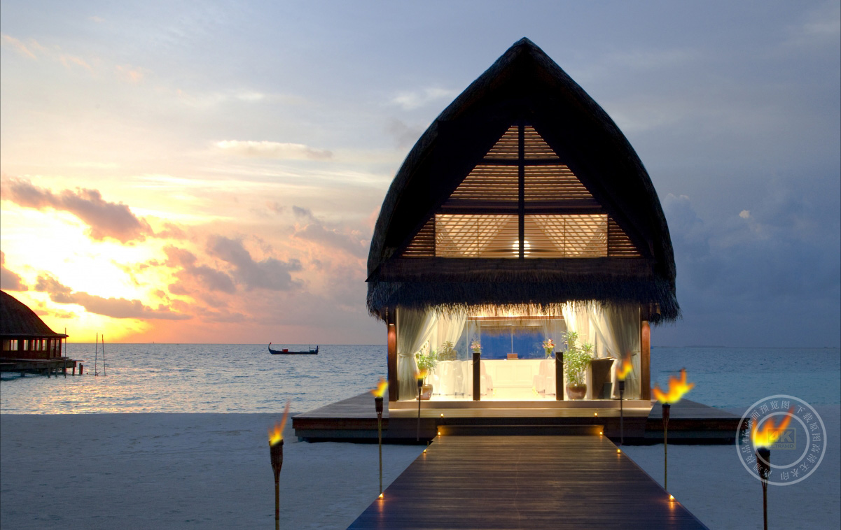 马尔代夫岛风光4K高端电脑桌面壁纸