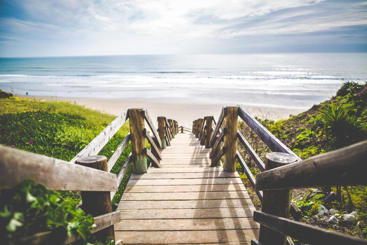 大海 海边 阶梯 5K风景高端电脑桌面壁纸