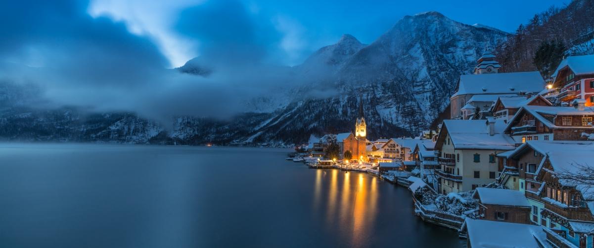 奥地利哈尔施塔特小镇冬季风景3440x1440超高清壁纸精选