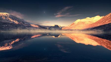 夕阳下的山和湖泊风景高端桌面4K+高清壁纸图片