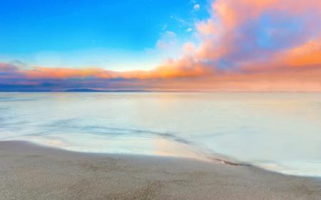 美丽的海滩和天空高端桌面4K+高清壁纸图片