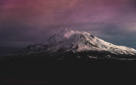 夜晚的雪山高端桌面4K+高清壁纸图片