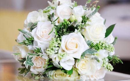 白色玫瑰花束极品壁纸推荐高清壁纸