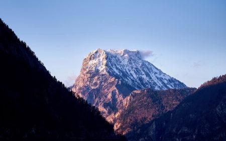 森林雪山风景高端桌面4K+高清壁纸图片
