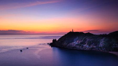 黄昏灯塔海景高端桌面4K+高清壁纸图片