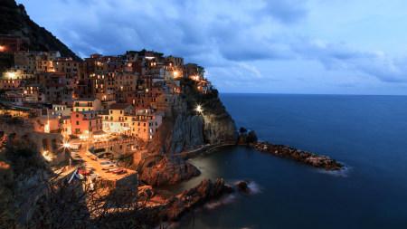 傍晚的马纳罗拉风景高端桌面4K+高清壁纸图片