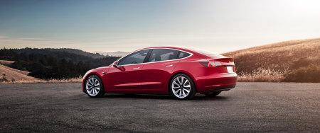 红色特斯拉Model 3电动汽车极品壁纸推荐高清壁纸