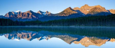加拿大班夫湖国家公园赫伯特湖风景极品游戏桌面精选4K+高清壁纸
