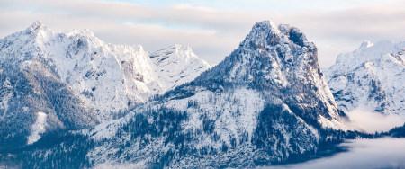 巍峨的雪山风景高端桌面4K+高清壁纸图片