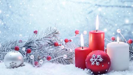 圣诞节彩球和蜡烛极品游戏桌面精选4K+高清壁纸