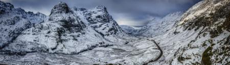穿越山谷的公路雪景极品游戏桌面精选4K+高清壁纸