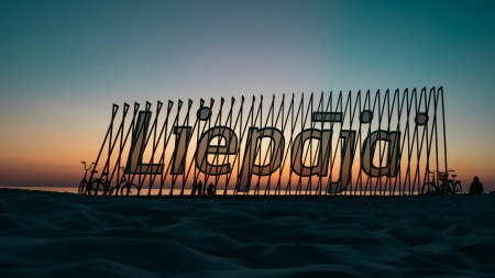 利帕加海滩标志高端桌面4K+高清壁纸图片