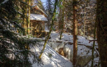 森林雪屋百变桌面精选高清壁纸