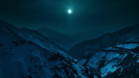 夜晚月光下的雪山高端桌面4K+高清壁纸图片