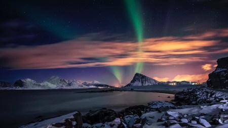 夜空中的北极光高端桌面4K+高清壁纸图片