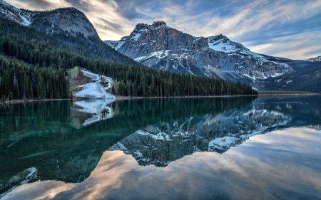 湖泊山脉风景高端桌面4K+高清壁纸图片