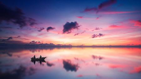 唯美的湖泊和日落余辉风景高端桌面4K+高清壁纸图片